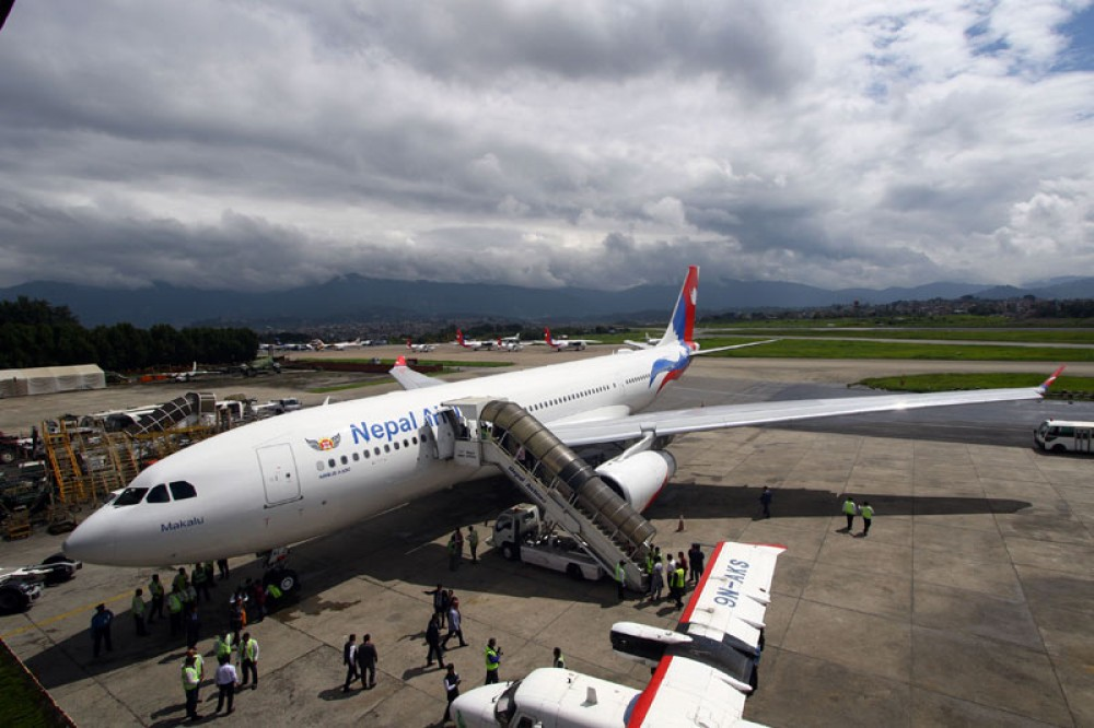 वायुसेवा निगमको दोस्रो वाइडबडी विमान 'मकालुु' आइपुग्यो काठमाडौ
