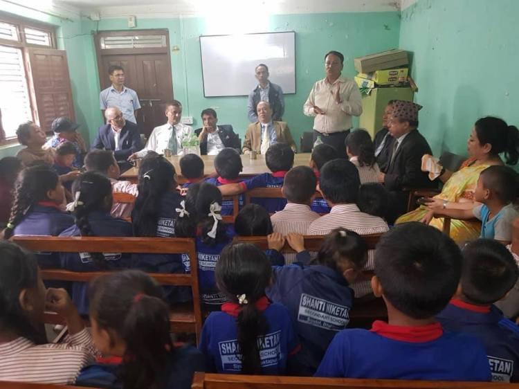 राष्ट्रिय बाणिज्य बैंकका सिइओ श्रेष्ठद्धारा २ बालबालिकाको अभिभावकत्व ग्रहण