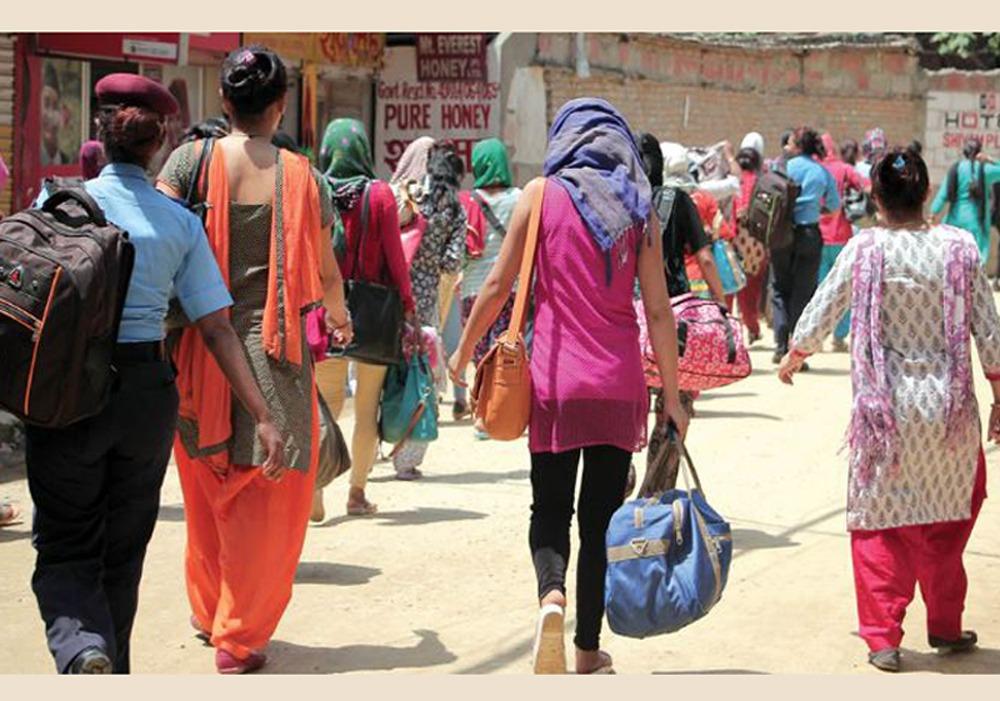 पाँच वर्षमा विदेश लैजादै गरिएका ७ हजार महिला तथा बालबालिकाको नेपाल  प्रहरीद्धारा उद्धार