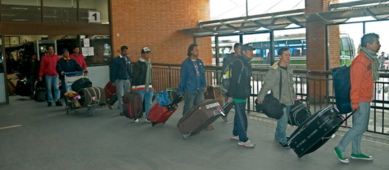 विदेशबाट आउँदा ल्याउने सामानको त्रिभुवन विमानस्थलमा कडाई