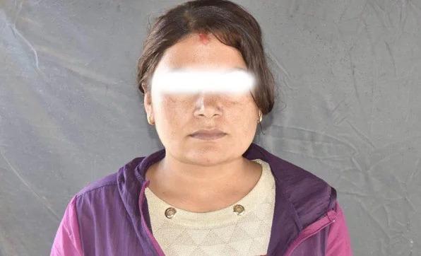 भिजिट भिसामा वर्किङ भन्दै विदेश पठाएको आरोपमा महिला पक्राउ