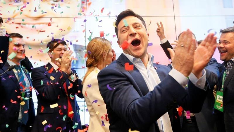 हाँस्यकलाकार जेलेन्स्की युक्रेनमा चुनिए नयाँ राष्ट्रपति