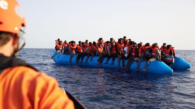 भूमध्यसागर पार गर्ने क्रममा शरणार्थी सवार जहाज दुर्घटना