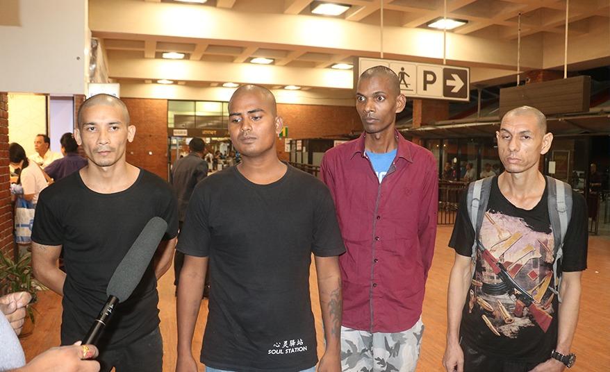 मलेसियाको जेलबाट ४ नेपाली स्वदेश फर्किए