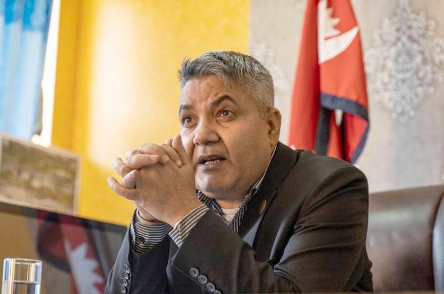 सञ्चारमन्त्री गोकुल बास्कोटाले दिए राजीनामा