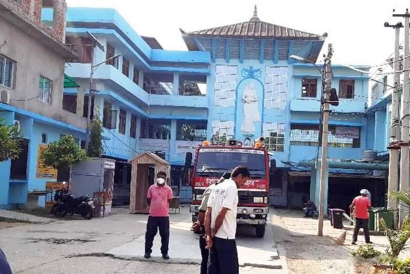 पर्सामा डाक्टर, सेना, पत्रकार र थुनुवासहित ३४ जनामा कोरोना पुष्टि