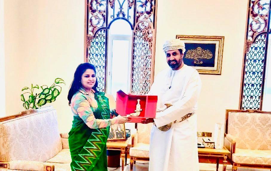 राजदूत पराजुली र ओमानका श्रममन्त्री डा. अलि बाउइनबीच भेटवार्ता