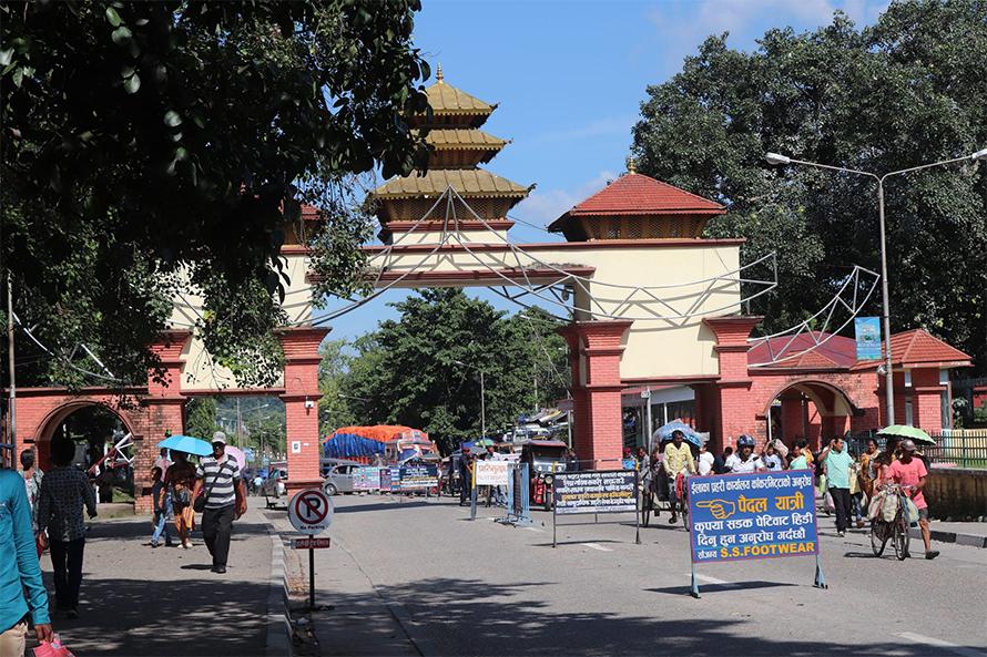 भारतसँग जोडिएको काँकडभिट्टा र भद्रपुर नाका सिल
