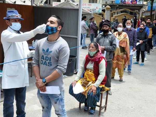 भारतमा २४ घण्टाभित्र रेकर्ड : ४ लाख १२ हजार संक्रमित भेटिए, ३९७९ को मृत्यु