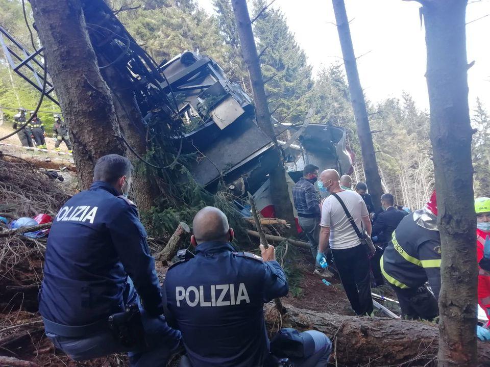 इटालीमा केबलकार खस्दा कम्तीमा १४ जनाको मृत्यु