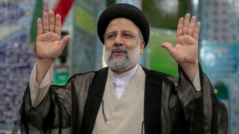 कट्टरपन्थी रईसी इरानका नयाँ राष्ट्रपति निर्वाचित