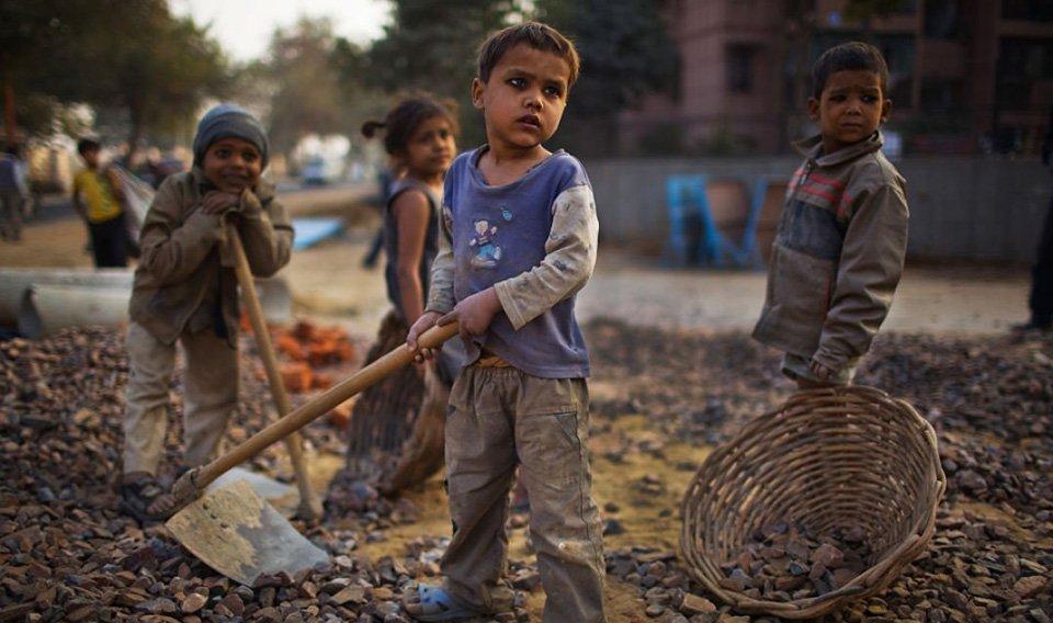 बालश्रम विरुद्वको अन्तराष्ट्रिय दिवस : अझै ११ लाख बाल श्रमिक रहेको अनुमान